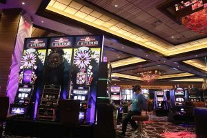 5 Top Reasons For You To Try Online Gambling